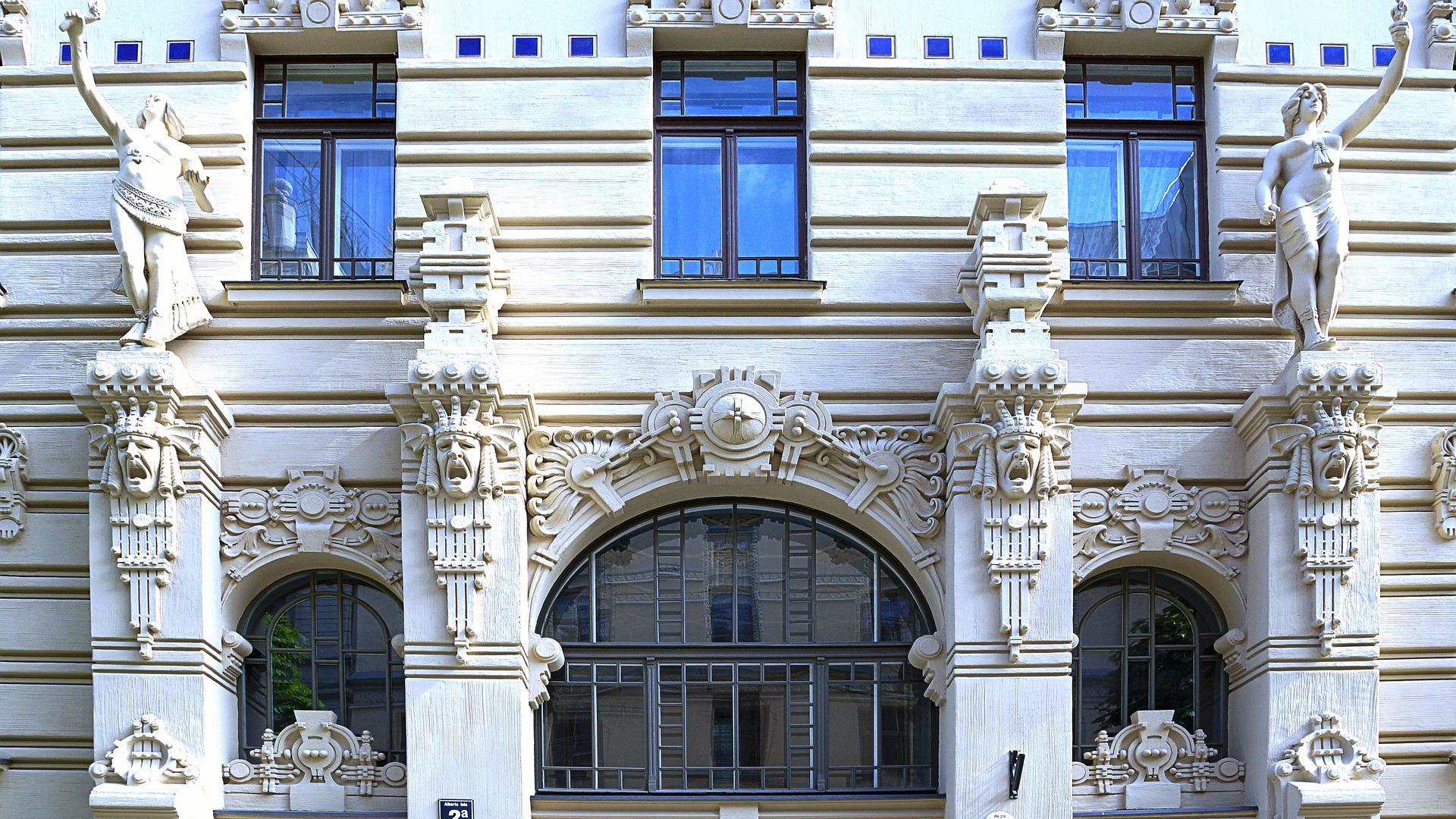 De oude art nouveau wijk in Riga met zijn vele prachtige architectuur